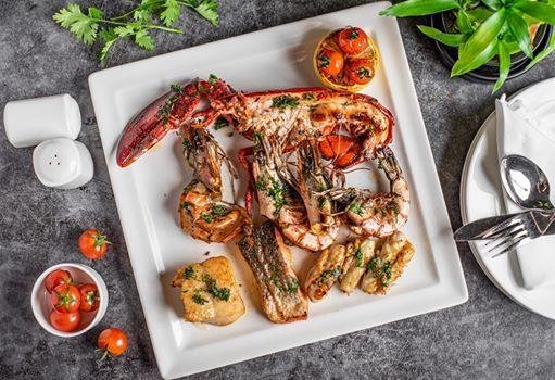 Seafood Night at Ingredients