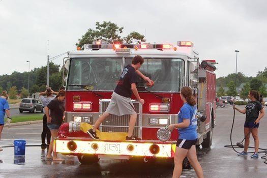 Annual Spartan Alliance Car Wash At Pizza Hut Fort Wayne