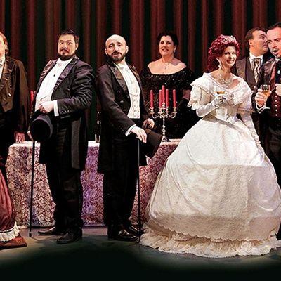 I Virtuosi dellopera di Roma - La Traviata at St.Paul within the walls
