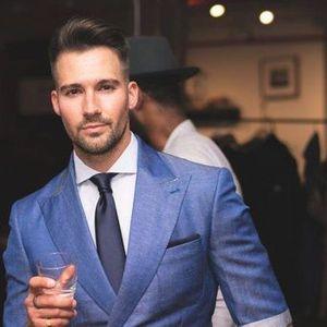 Stil vestimentar masculin de la garderoba de baz la moda actual