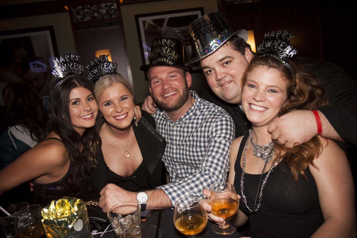 2021 Kansas City  New Years Eve (NYE) Bar Crawl