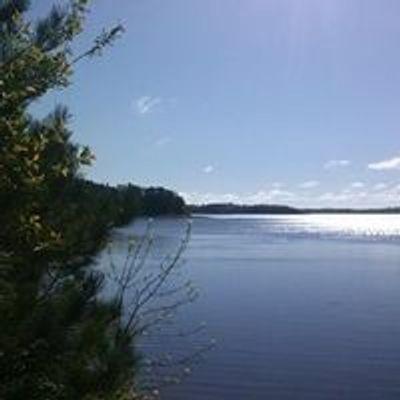 Island Lake Inn