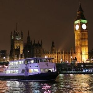 Night Boat to Greenwich Thames cruise - a whole trip dedicated to Madness