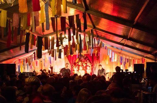 Thieving Magpies Live at Victoria Tavern