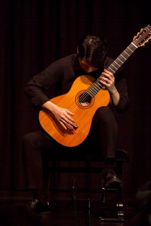 Podium Gitarre  Konzertreihe