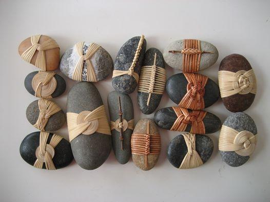 Musubi stones