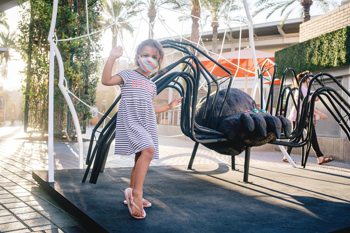 Tempe Marketplace Halloween Events 2020 Oh Snap A Spider, Tempe Marketplace, 8 October to 31 October