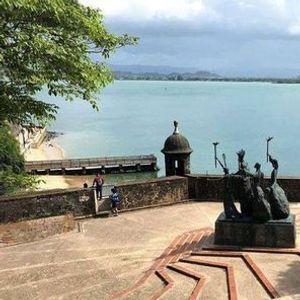 Plazas Plazuelas y Paseos del Viejo San Juan
