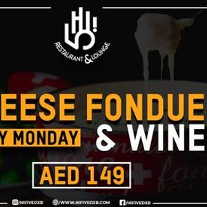 Cheese fondue and wine