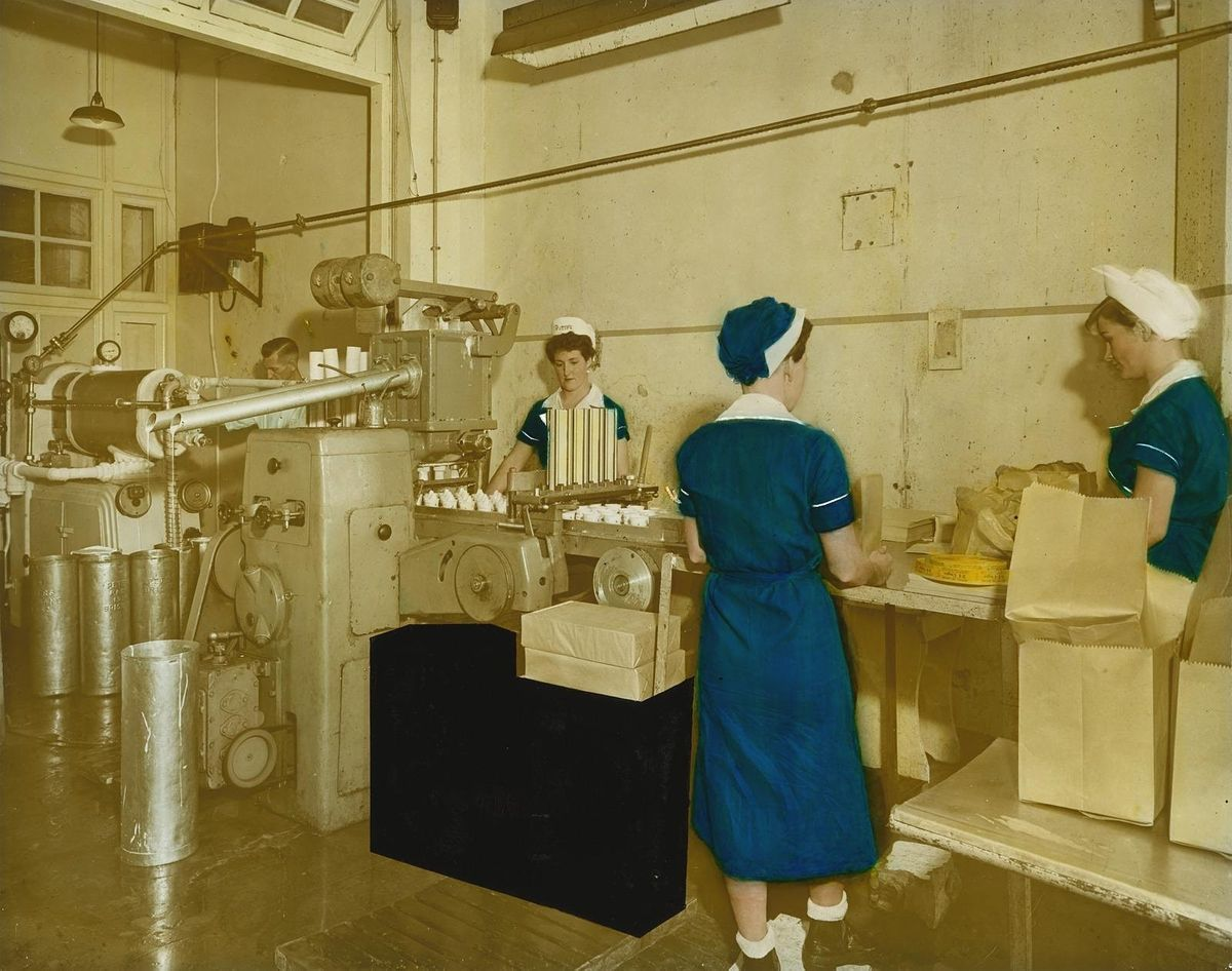 Research Reveals Qlds ice cream history and the Peters ice cream factory