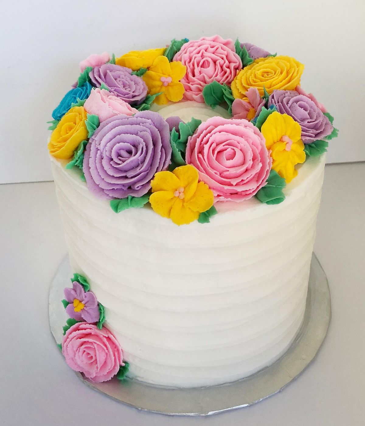 Buttercream Flowers - Christmas Wreath Cake @ Frans Cake ...