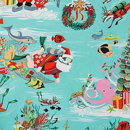 Underwater Santa Photos w Fins Up Scuba