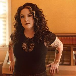 New Yorks Country 94.7 Presents Ashley McBryde - This Town Talks Tour