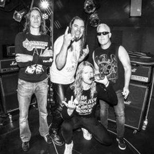 Hell Awaits [Slayer] and Judas Rising [Judas Priest] at Tony Vs Garage