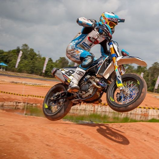 Supermoto Level 1 & 2 Training With Lewis Cornish