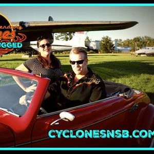 The Cyclones Unplugged at Crabbys Oceanside