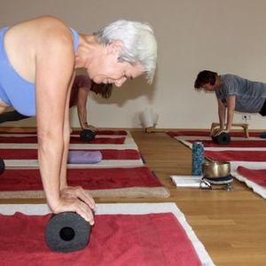 Blackroll Faszien Yoga