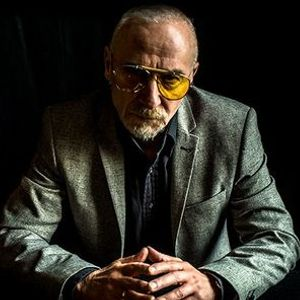 Graham Parker Solo w Alisa Amador at Rams Head On Stage (Annapolis Maryland)
