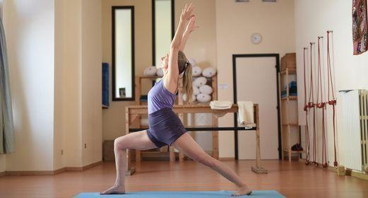 Introduzione al metodo IYENGAR® dello Yoga classico, 24 October   Online Event   AllEvents.in