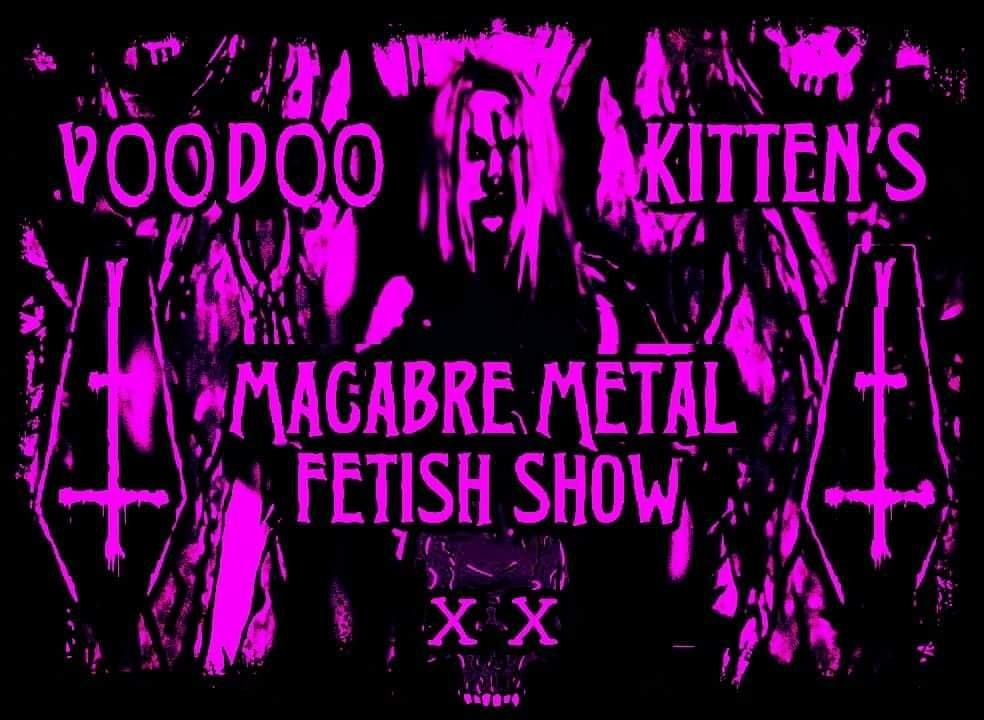 Lilian Sins Macabre Metal Fetish Online Show  A Bloody Fangtastic Time