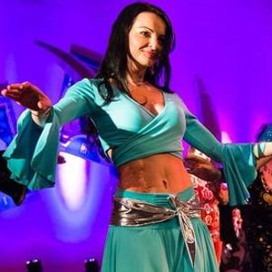 Orientalski ples z Anito