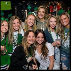 Chicago River Crawl - St. Patricks Day Bar Crawl