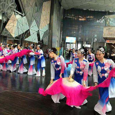 Gentle Dancers