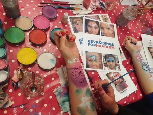 Volwassenen  schminken de basistechnieken